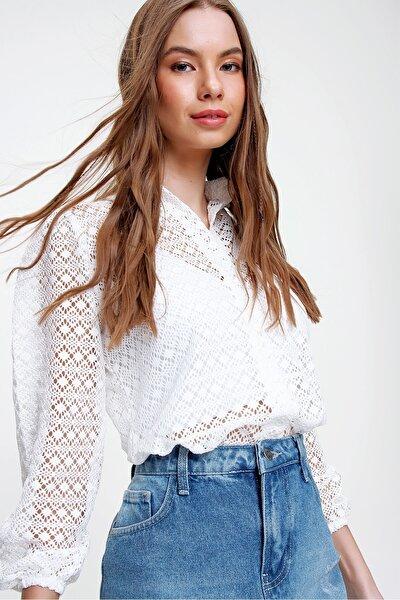 Kadın Beyaz Prenses Kol Güpür Gömlek ALC-X5554