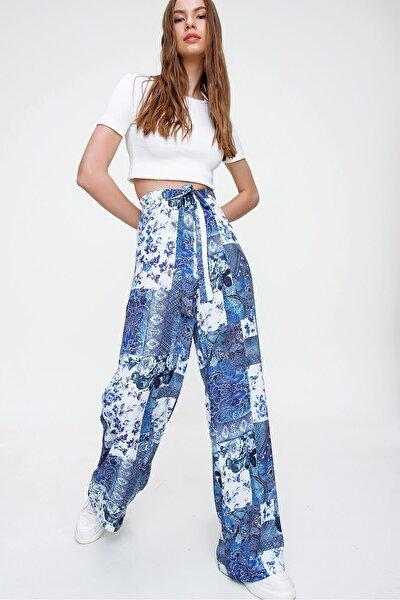 Kadın Mavi Desenli Rahat Kesim Pantolon ALC-X6016