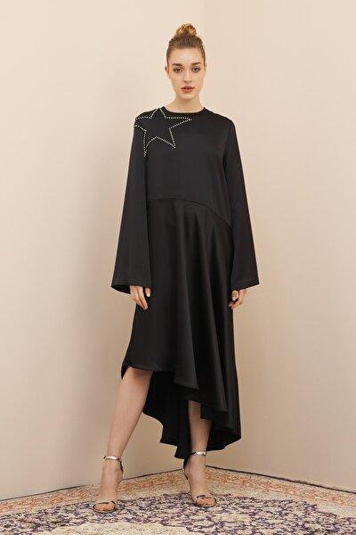 Kadın Siyah Yıldız Satin Elbise