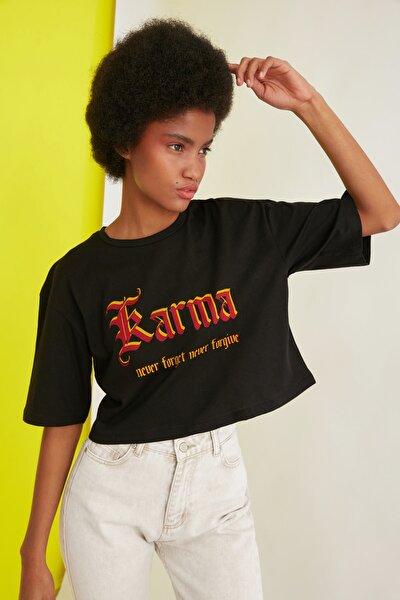Siyah Loose Crop Örme T-Shirt TWOSS21TS2140