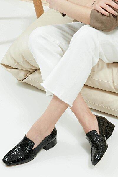 Maddy Siyah Krokodil Topuklu Ayakkabı