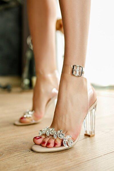 Topuk Taşlı Ayakkabı