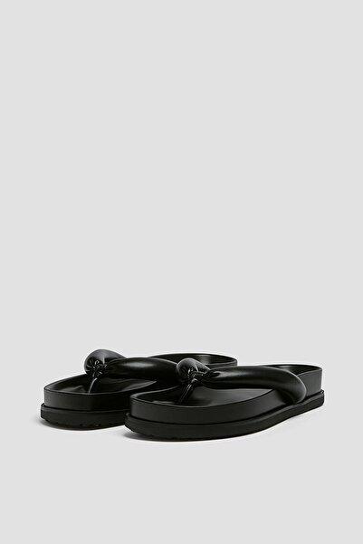 Kadın Siyah Dolgulu Düz Sandalet 11808740