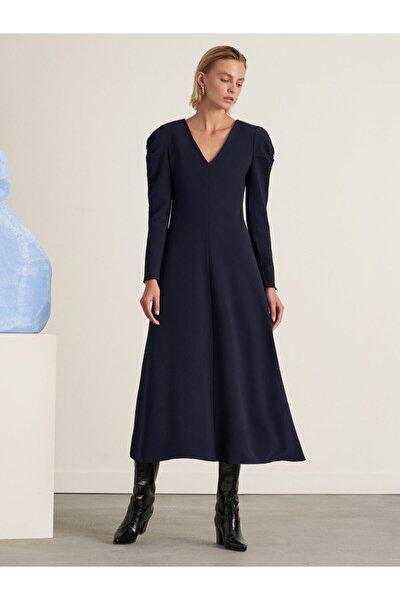 Kadın Lacivert Omuz Detaylı Midi Boy Elbise