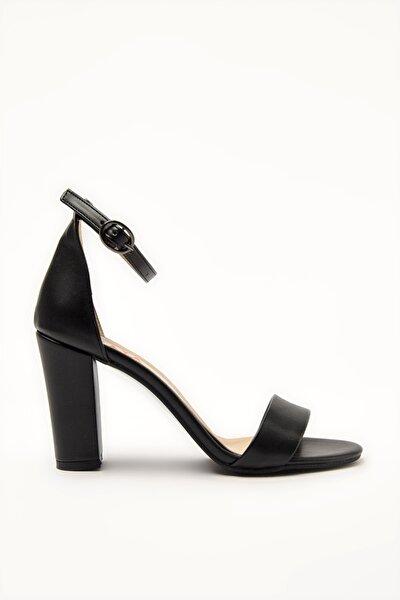 Siyah Kadın Sandalet 01AYY209100A100
