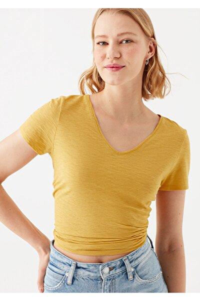 V Yaka Sarı Basic Tişört