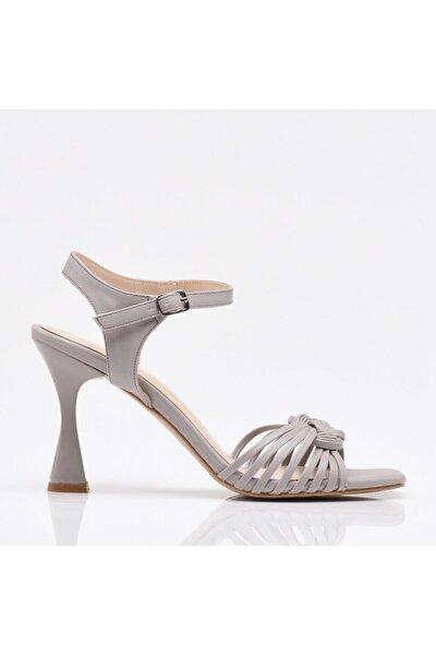 Gri Yaya Kadın Sandalet & Terlik