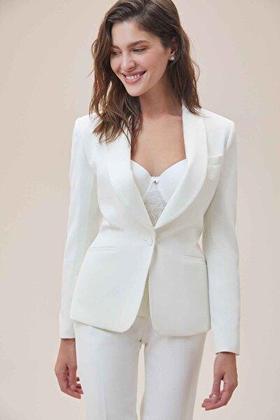 Beyaz Dar Kesim Krep Takım Elbise Gelinlik Ceketi