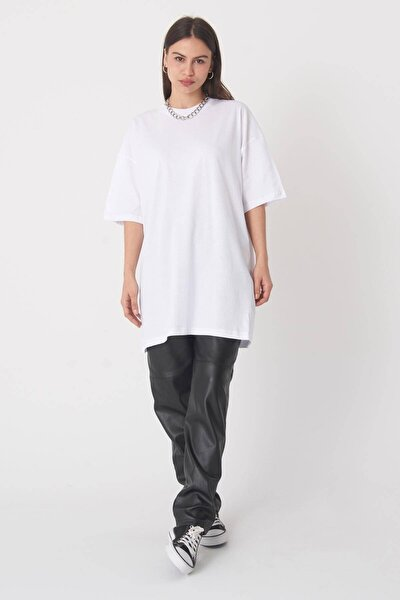 Kadın Beyaz Oversize T-Shirt P0731 - G6 - K7 Adx-0000020596