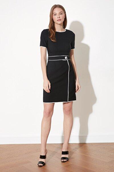 Siyah Kemer Detaylı Elbise TWOSS20EL0612