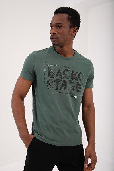Yeşil Erkek Back Stage Yazı Baskılı Standart Kalıp O Yaka T-shirt - 87919