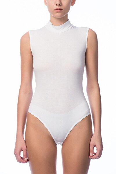Kadın Beyaz O Yaka Sıfır Kol Çıtçıtlı Body NBB 2950
