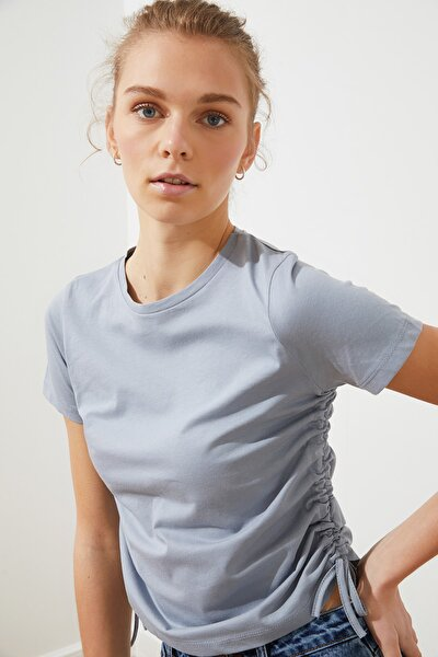 Gri Büzgülü Basic Örme T-Shirt TWOSS21TS0131