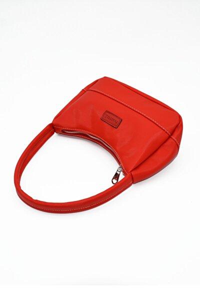 Bayan  Kırmızı  Saten Baget Çanta