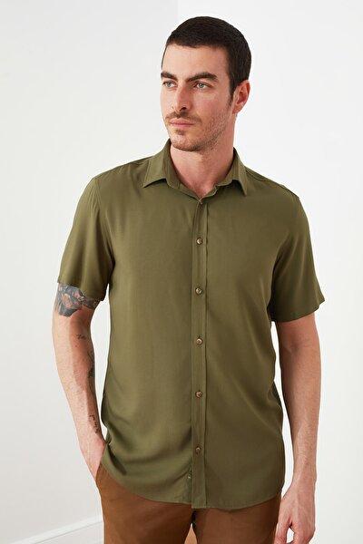 Haki Erkek Gömlek Yaka Kısa Kollu Regular Viskon Gömlek TMNSS20GO0442