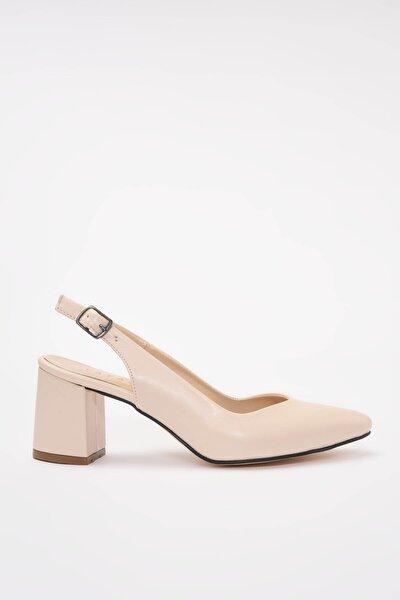 Suni Deri Bej Kadın Klasik Topuklu Ayakkabı 01AYY209200A310