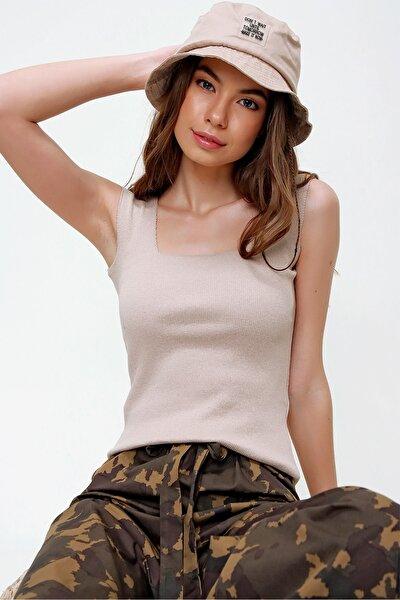Kadın Bej Kare Yaka Kaşkorse Bluz ALC-X6017