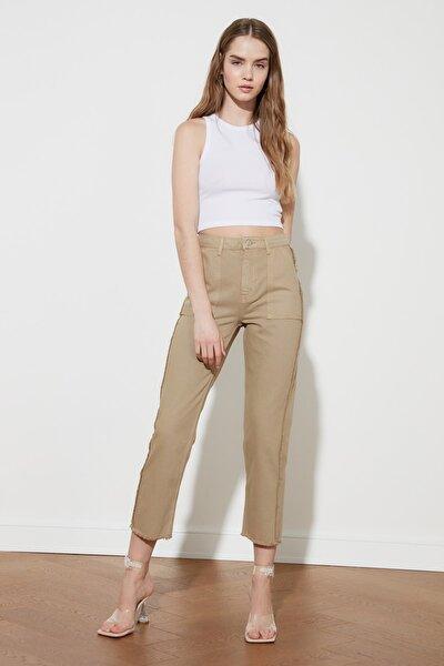 Camel Püskül Detaylı Yüksek Bel Straight Jeans TWOAW21JE0072