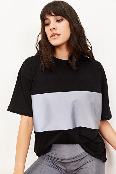 Kadın Siyah Reflektör Garnili Salaş T-Shirt