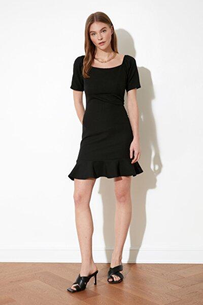 Siyah Volanlı Elbise TWOSS20EL0399