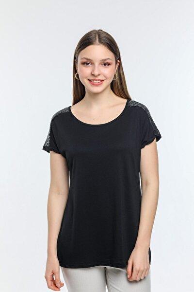 Kadın Siyah Omuz Işleme Detaylı Bluz