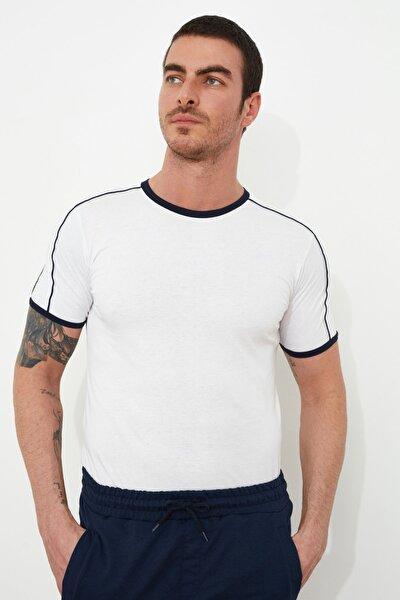 Beyaz Erkek Basic Slim Fit T-Shirt TMNSS20TS0861