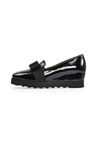 Siyah Fiyonklu Dolgu Ayakkabı
