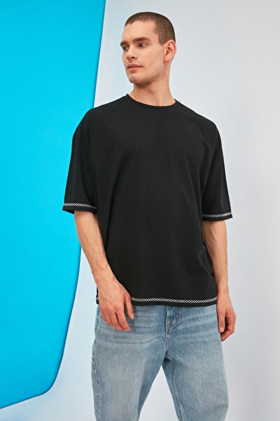 Siyah Erkek Oversize Bisiklet Yaka Kısa Kollu Nakışlı T-Shirt TMNSS21TS1888