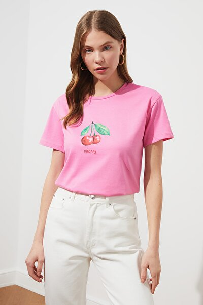 Pembe Baskılı Semi-Fitted Örme T-Shirt TWOSS20TS0314