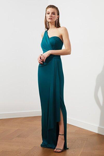 Zümrüt Yeşili Bel Detaylı  Abiye & Mezuniyet Elbisesi TPRSS20AE0117