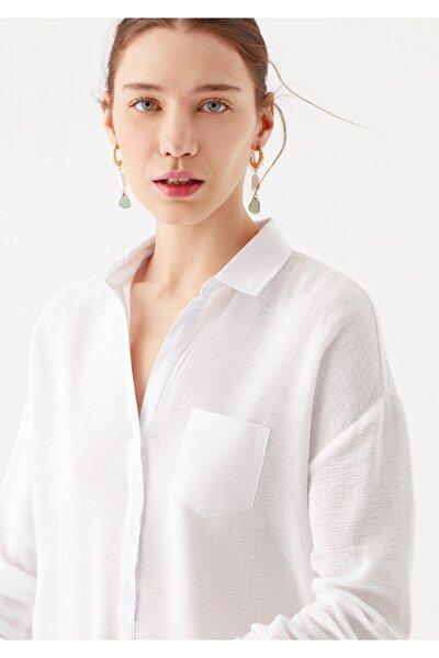 Cep Detaylı Beyaz Bluz