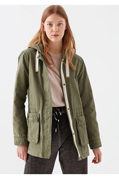Kadın Kapüşonlu Açık Yeşil Ceket