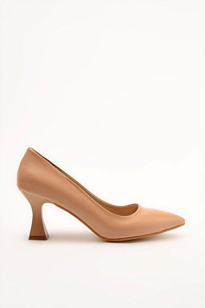 Naturel Kadın Klasik Topuklu Ayakkabı 01AYY209090A100