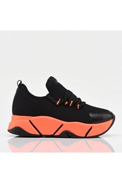 Siyah Yaya Spor Ayakkabı