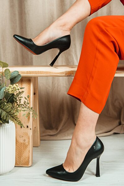 Ravyn Kadın Klasik Topuklu Ayakkabı