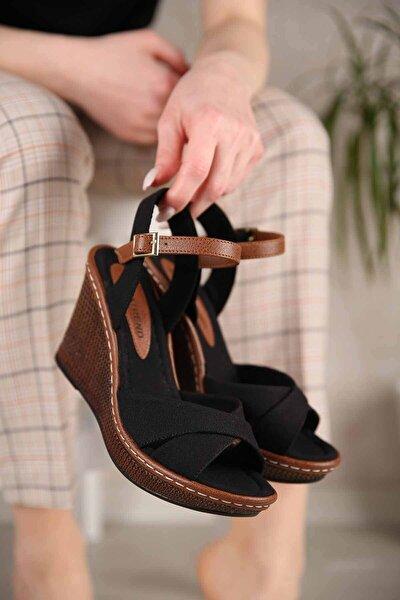 Kadın Siyah Keten Çapraz Bantlı Dolgu Topuklu Sandalet