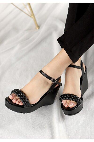 Kadın Siyah Fant Cilt Dolgu Topuk Sandalet