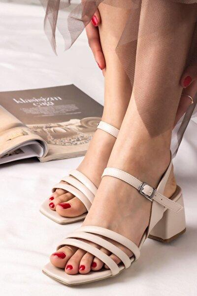 Kadın Biyeli Klasik Topuklu Ayakkabı