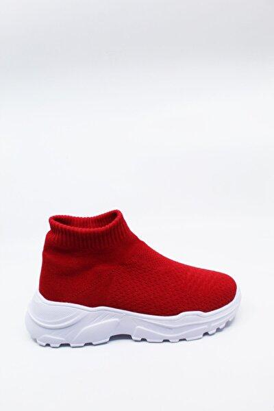 Kadın Kırmızı Çorap Bot