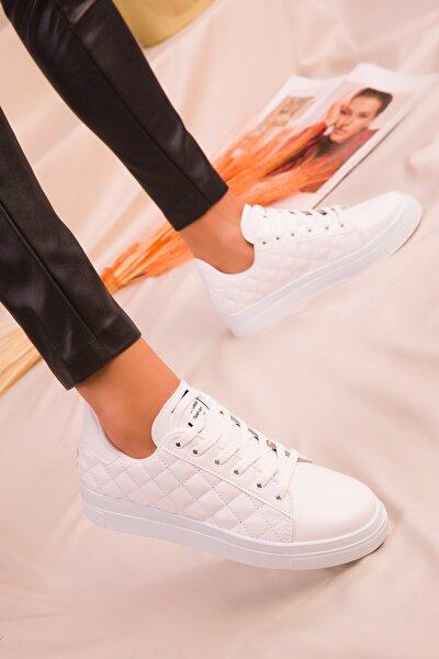 Beyaz Kapitone Kadın Sneaker 16156