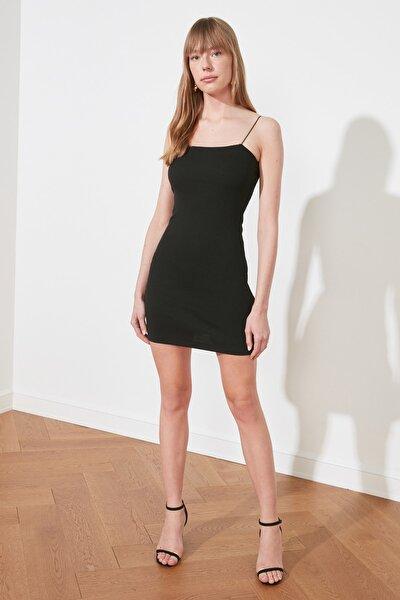 Siyah Askılı Bodycon Mini Örme Elbise TWOSS21EL2327