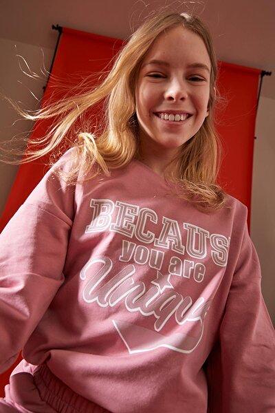 Kız Çocuk Yazı Baskılı Düşük Omuzlu Sweatshirt