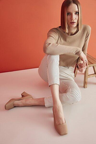 Naturel Kadın Klasik Topuklu Ayakkabı 01AYH205360A330