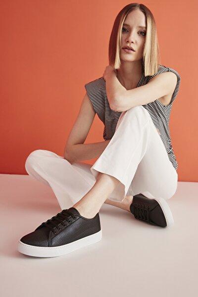 Siyah Kadın Sneaker 01AYY207480A100