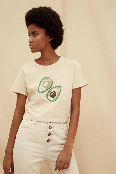 Bej %100 Organik Pamuk Crop Baskılı Örme T-Shirt TWOSS21TS1409
