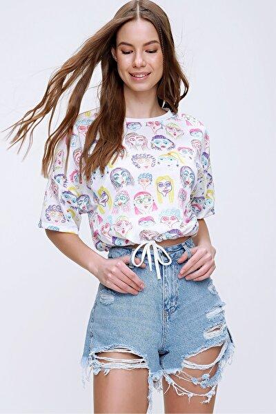 Kadın Multi Desenli Beli Bağcıklı Crop T-Shirt MDA-1138