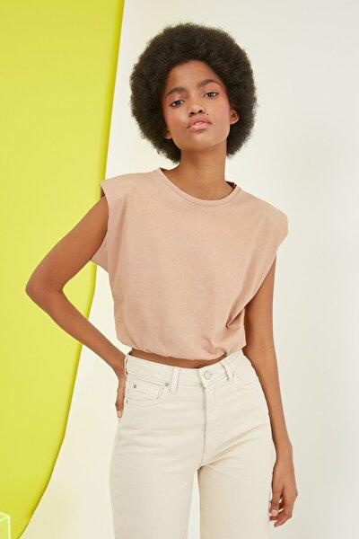 Vizon Vatkalı Crop Örme T-Shirt TWOSS21TS0379