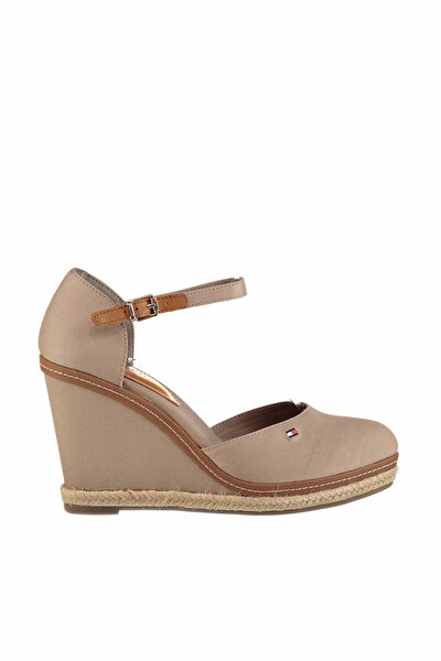 Kadın iconic Basic Closed Toe Wedge Dolgu Topuklu Ayakkabı FW0FW02791