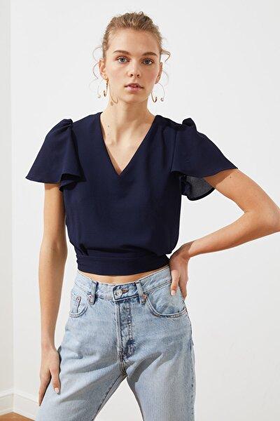 Lacivert Bağlama Detaylı Bluz TWOSS19ST0071