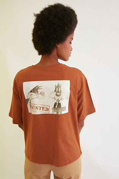 Kahverengi Tweety Lisanslı Baskılı Loose Örme T-Shirt TWOSS21TS0541